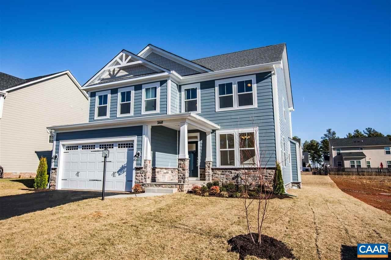 Single Family Homes pour l Vente à 5008 OAKBRIDGE Drive Waynesboro, Virginia 22980 États-Unis
