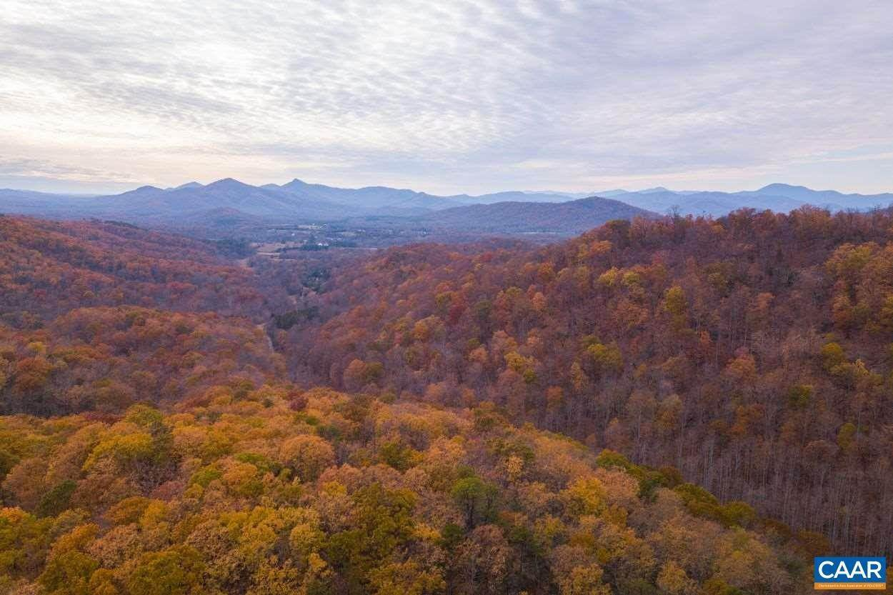 Land for Sale at APPLEBERRY MOUNTAIN Road Charlottesville, Virginia 22901 United States