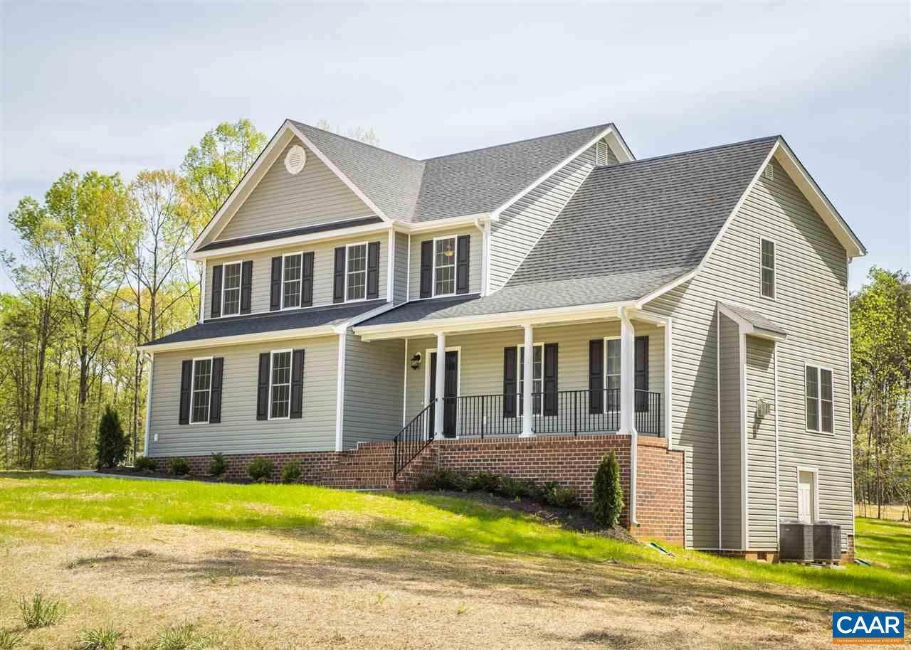 Single Family Homes for Sale at 3 PRESTON PARK Lane Sandy Hook, Virginia 23153 United States