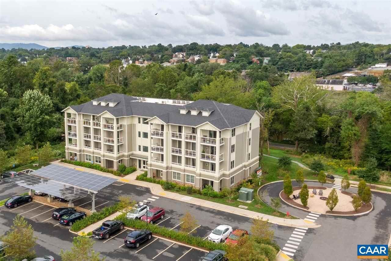 Condominiums for Sale at 1425 TRAILSIDE Court Charlottesville, Virginia 22911 United States