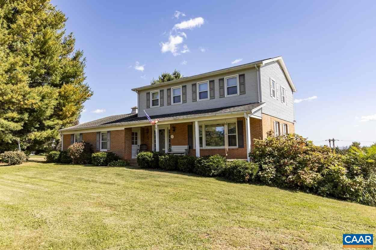Single Family Homes pour l Vente à 7935 OLD GREEN MOUNTAIN Road Esmont, Virginia 22937 États-Unis