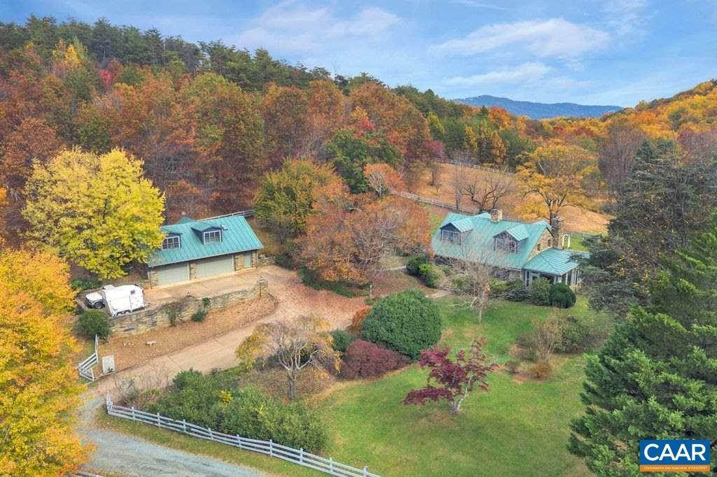 4. Single Family Homes for Sale at 6225 SUGAR HOLLOW Road Crozet, Virginia 22932 United States