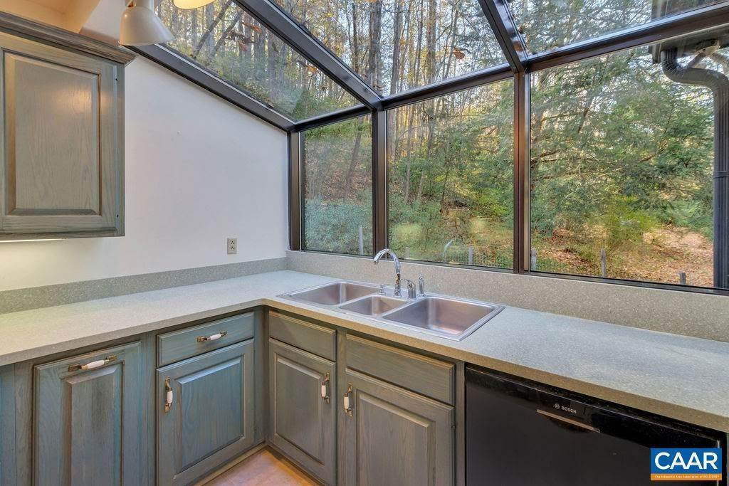 37. Single Family Homes for Sale at 6225 SUGAR HOLLOW Road Crozet, Virginia 22932 United States