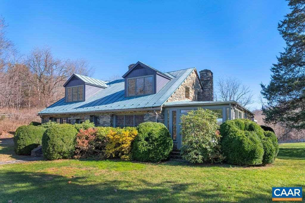 5. Single Family Homes for Sale at 6225 SUGAR HOLLOW Road Crozet, Virginia 22932 United States
