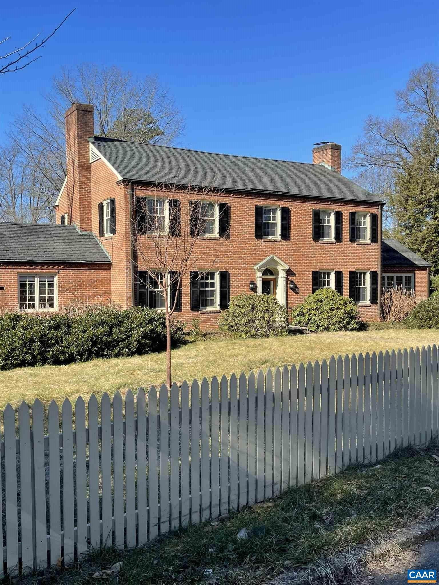 Single Family Homes for Sale at 2002 SPOTTSWOOD Road Charlottesville, Virginia 22902 United States