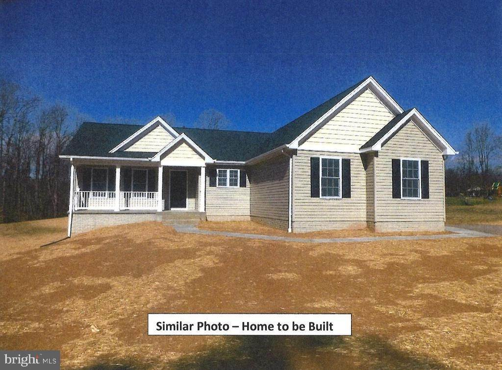 Single Family Homes pour l Vente à BEAVER CREEK Court Lignum, Virginia 22726 États-Unis