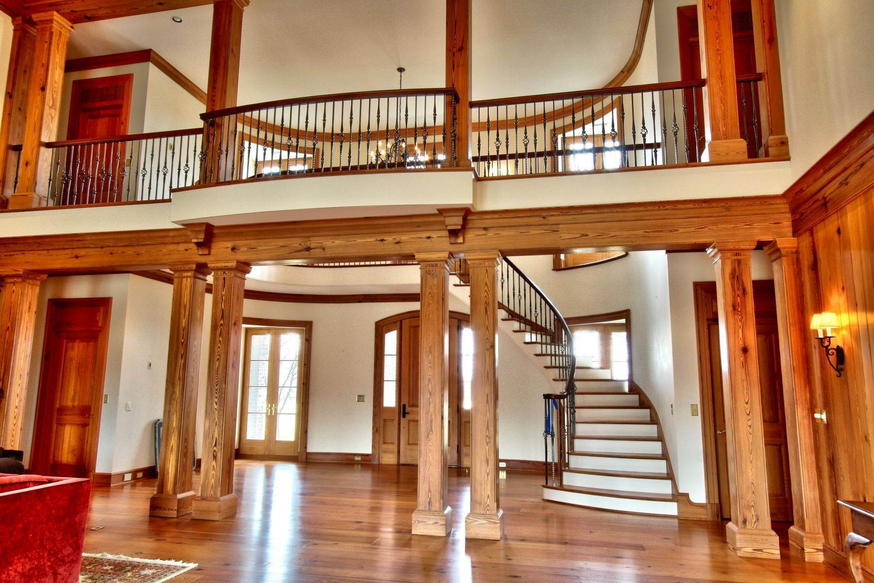 10. Single Family Homes for Sale at White Hart 5785 Stony Point Rd Barboursville, Virginia 22923 United States