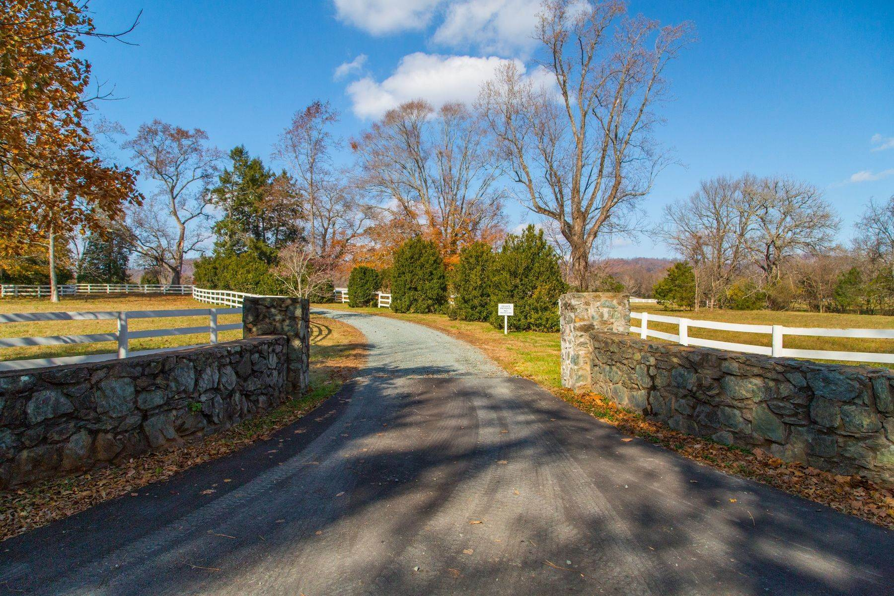 21. Single Family Homes for Sale at 0 A Springdale Drive Keswick, Virginia 22947 United States