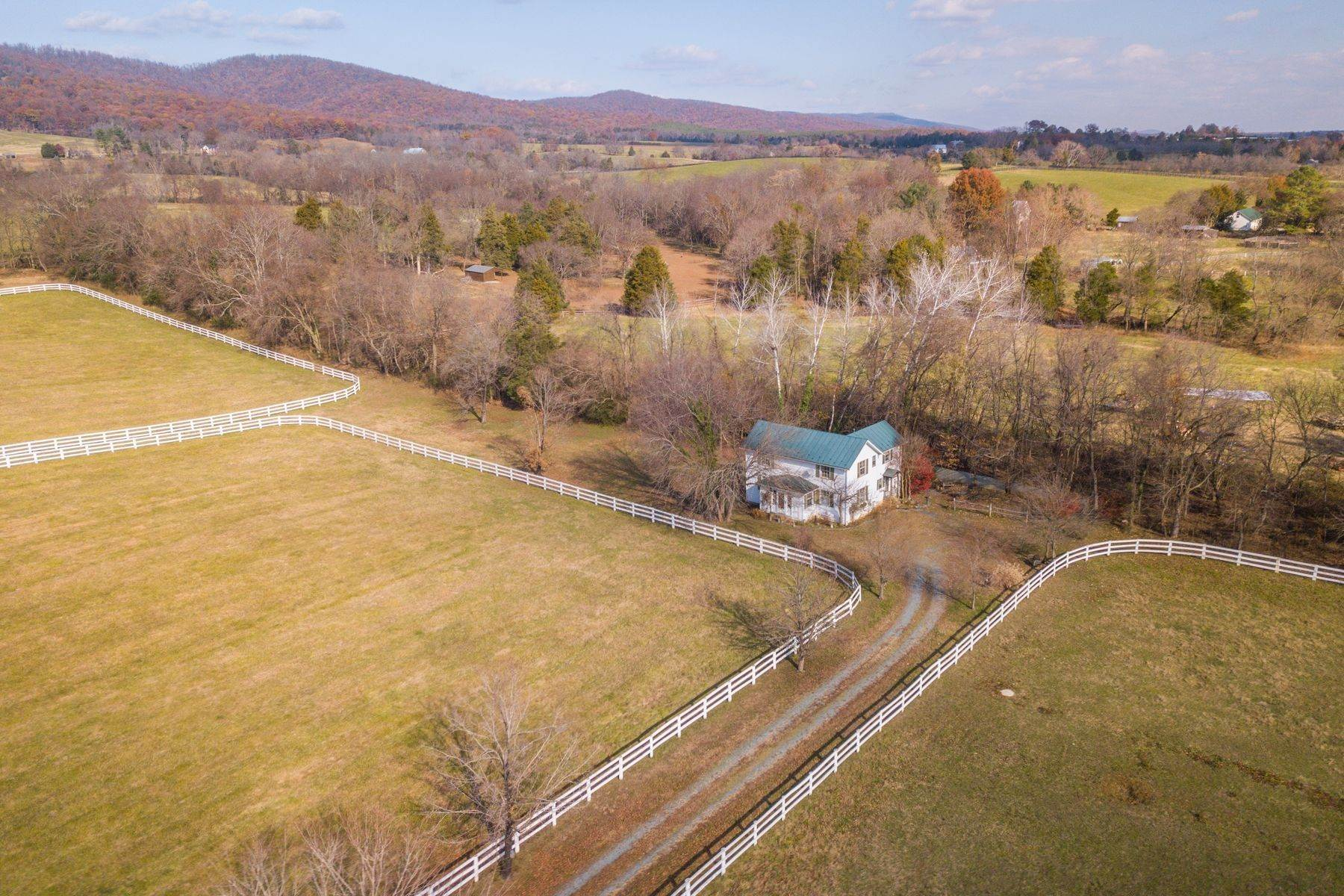 14. Single Family Homes for Sale at 0 A Springdale Drive Keswick, Virginia 22947 United States