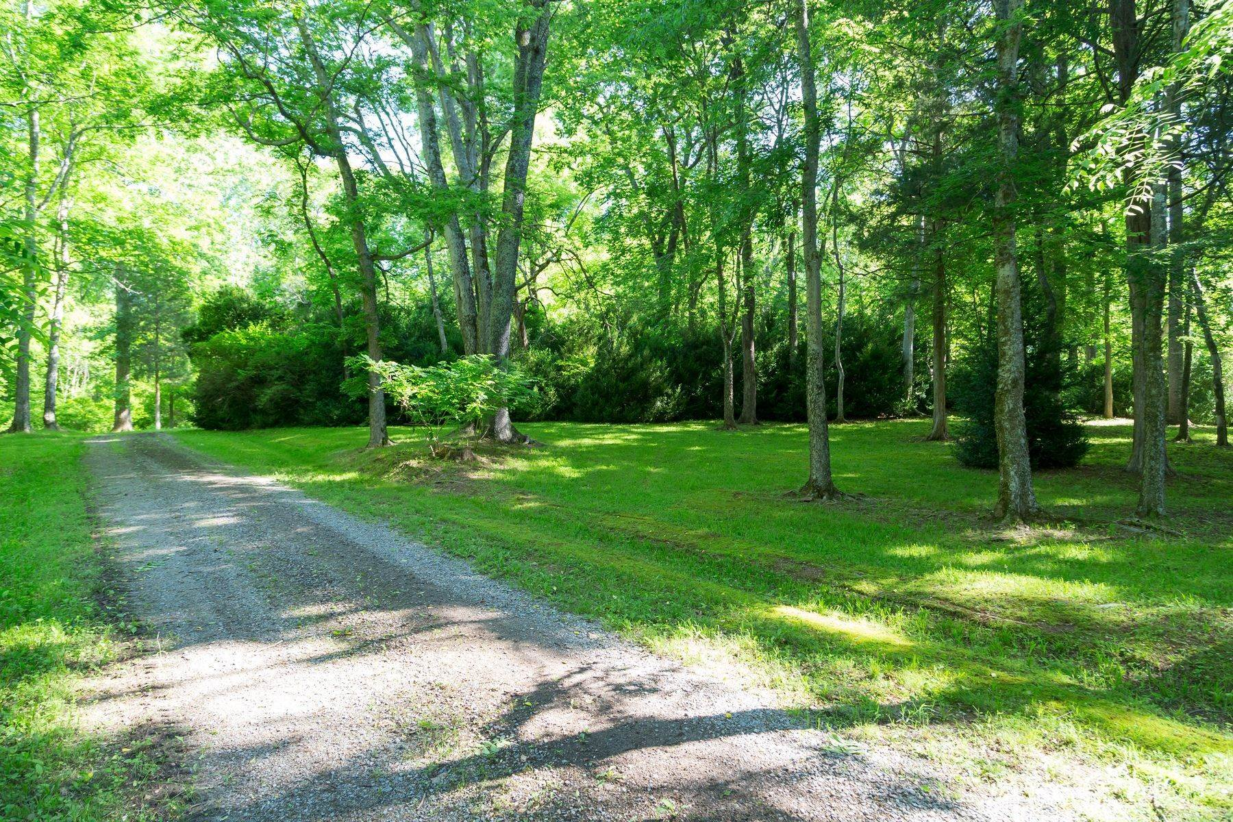 2. Property for Sale at Gardner Farm 792 E Old Mountain Rd Mineral, Virginia 23117 United States